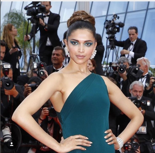 Deepika_Cannes2017_1